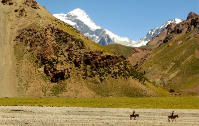 Aconcagua Expedition: Mike King and Team Arrive at Casa de Piedra