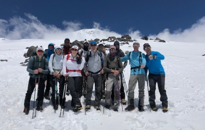 Mt. Elbrus: Grom & Team Enjoy Nice Weather for last Acclimatization Hike