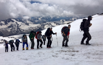 Mt. Elbrus: Grom & Team Enjoy an Acclimating Hike to 13,500'
