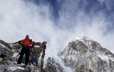 Everest BC Trek & Lobuche Climb: Dale & Team Enjoy Descent to Namche Bazaar
