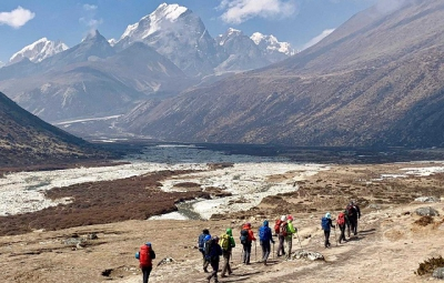 Everest BC Trek and Lobuche: Dale & Team Reach Pheriche