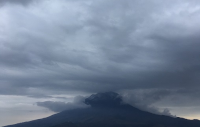 Mexico's Volcanoes: Team Ascends to the Climbers Hut on Ixtaccihuatl