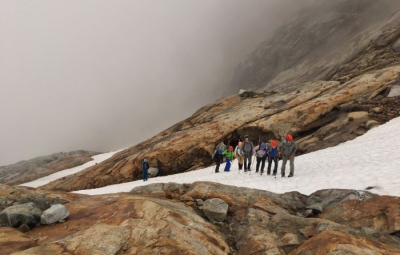 North Cascades: Poor Weather Prevents Summit for Sahale Mountain Team
