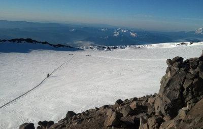 Mt. Rainier: Four Day Summit Climb Teams on the Summit!