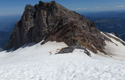 Mt. Rainier: 100% On Summit for the Expedition Skills Seminar - Emmons!