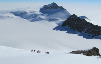 Vinson Massif: Hahn & Team Train on the Fixed Ropes